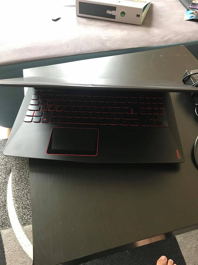 Bild 5 Lenovo Legion Y520 Gaming Laptop+ROCCAT Mouse